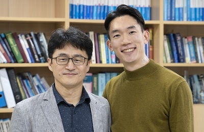 """신소재 정운룡 교수팀, 보다 실제 피부처럼 """"느낄 줄 아는"""" 전자피부 나왔다"""
